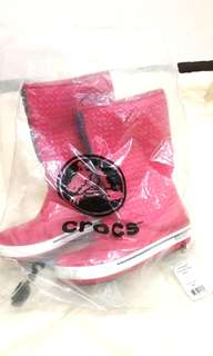 🚚 下殺價Crocs女童靴