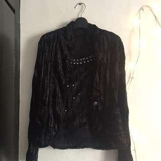 Black Silk sando with Silk longsleeves