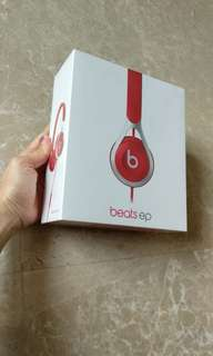 Beats EP by DrDre original red BNIB sealed
