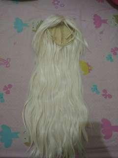 Wig pale blonde