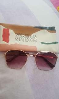 Sunnies Baxter Rose Gold shades