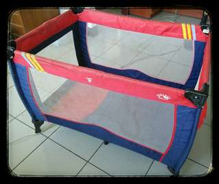 BABY BUS 遊戲床