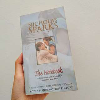 Novel Inggris The Notebook