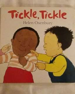 Tickle Tickle - Helen Oxenbury