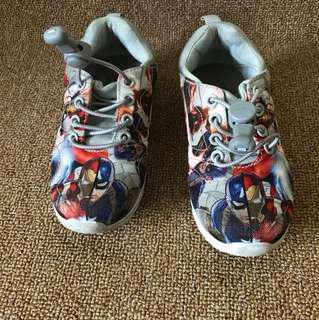Sepatu nike avenger anak