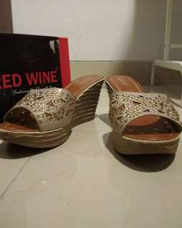Sendal wedges red and wine ori