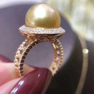 超美新款滿鑽戒指來一枚 意想不到的驚艷 18K金鑽石💎💎💎39分 戒臂非常別緻。滿足細節控 12-13MM亮濃金金珠完美無瑕