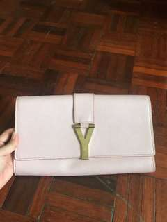 AUTHENTIC USED YSL Y Ligne Clutch