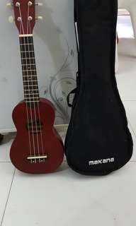Ukulele (condition 10/10 -tuned). BRAND: Makana