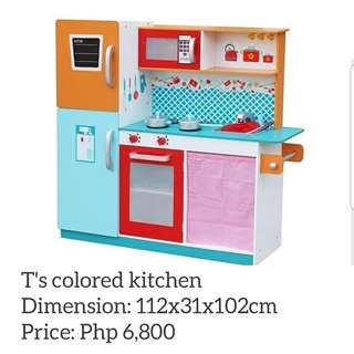 T's Colored Kitchen playset