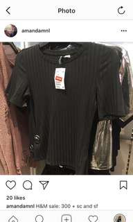 LOOKING FOR H&M Black Ribbed Top