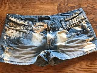 🚚 全新牛仔短褲