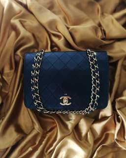 Authentic Chanel Vintage Bag