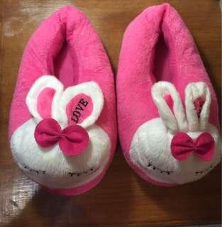 Sendal rumah pink boneka kelinci rabbit