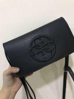 Guess sling bag black color
