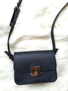 Zara Ori Black Sling Bag