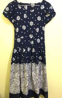 Floral dress (dark blue)