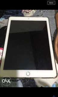 Ipad air 2 good as new 16gb wifi only