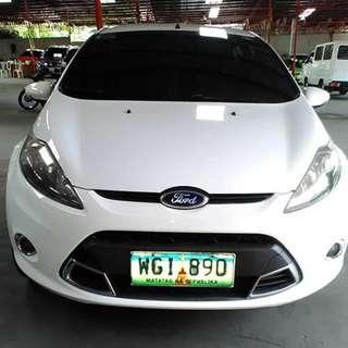2013 Ford Fiesta AT