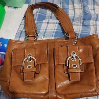 Coach shoulder bag or hand bag