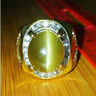 Natural Honey Apatite Catseye Ring. Size 9. 100% Natural. No Fake. Original Gemstone.