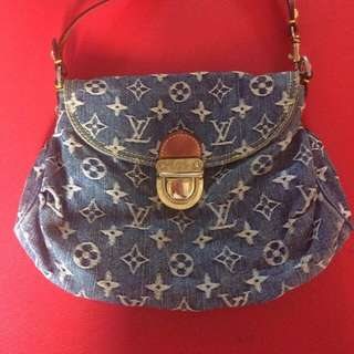 LV Denim Pochette