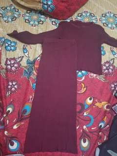 Baju dipake sekali, roknya masih baru. Blm pernah pakai