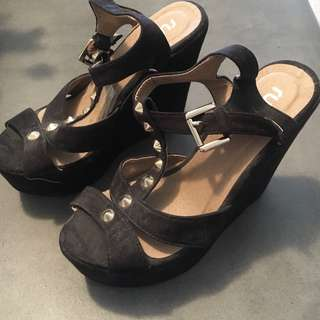 Black Wedges with Gold Studs Size 6