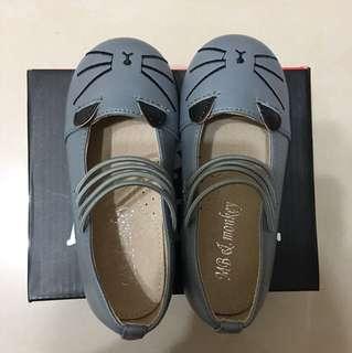 幼童小皮鞋