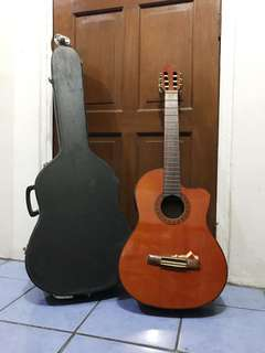 Acoustic Electric Guitar with Hard Case