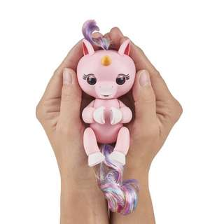 (Instock) WowWee Fingerlings Interactive Baby Unicorn Puppet, Gemma (Pink)