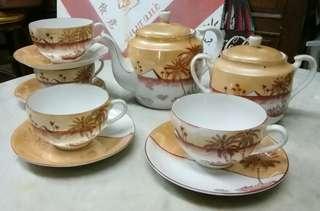 antik tea set