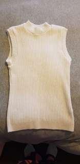 White sleeveless knit