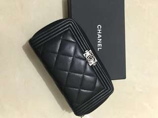 ❤️ 潮人必備 chanel boy Zip around wallet (black lambskin) 黑色羊皮拉鍊 size m 中型 銀包