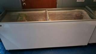 Display and chest freezers