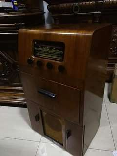 Antique Radiogram
