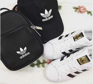 🚚 Adidas小後背包-黑