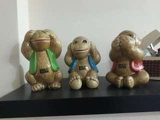 3 monkey coin bank