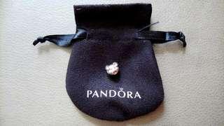 Pandora Playful Pig Charm 玩樂豬豬串飾
