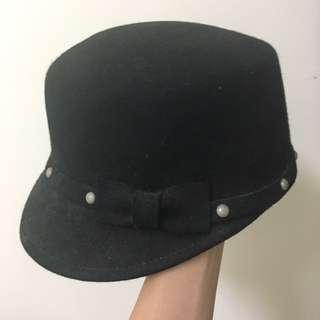 🚚 正韓黑色羊毛卯釘蝴蝶結造型帽 韓貨
