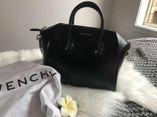 🌸Givenchy Medium Antigona Bag Black Leather 🌸