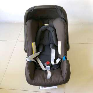 Britax Romer Infant / Baby Carrier and Car Seat with warranty