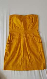 Super cute mustard yellow tube dress with pockets