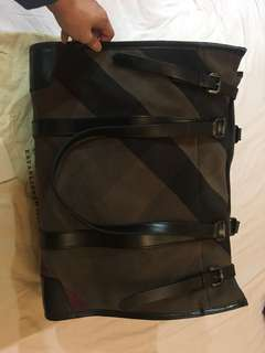 Genuine Burberry Giant Tote Bag