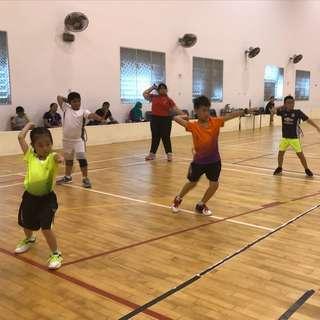 Sat Free trial badminton training for kid
