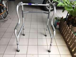 🚚 Light weight foldable walker