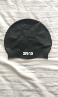 Black arena swim cap