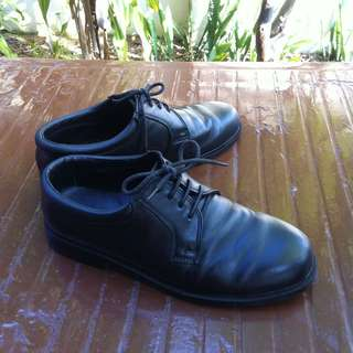 SAF dress shoes. Size 270.  Durable and comfortable. In good condition as seldom use.