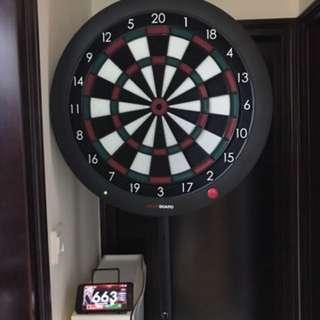 飛標盤grandboard with stand one set ( darts)