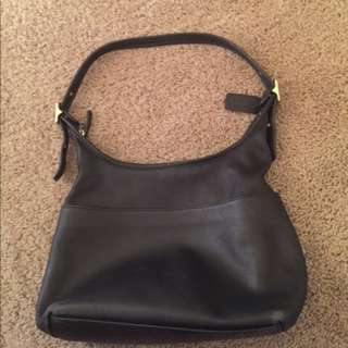 Coach hobo legacy original authentic